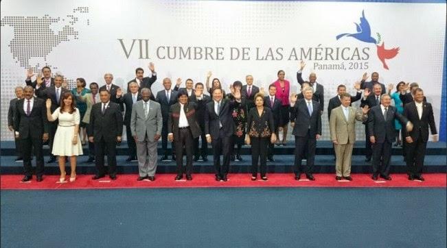 Fotografía oficial de los presidentes en la VII Cumbre de Las Américas.