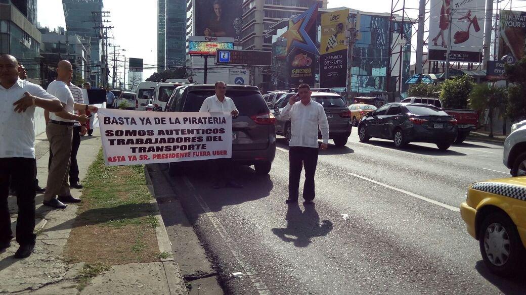Protesta contra Uber en Panamá